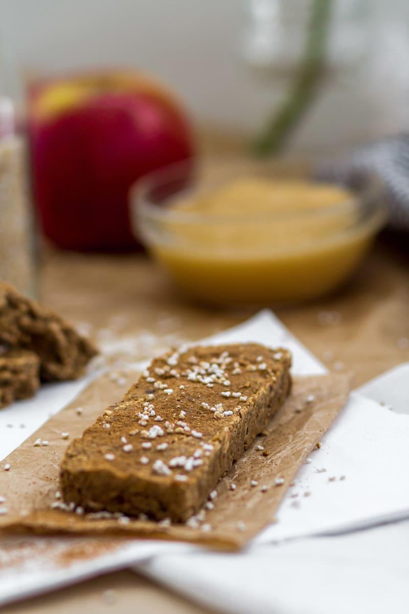 High Carb Low Fat Apfel Zimt Proteinriegel Makronährstoffe